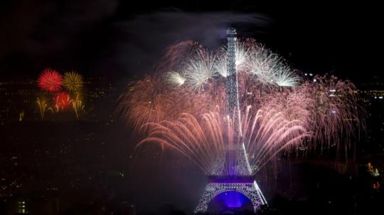 feu-d-artifice-paris