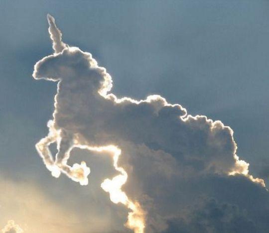forme-nuage-licorne.jpg